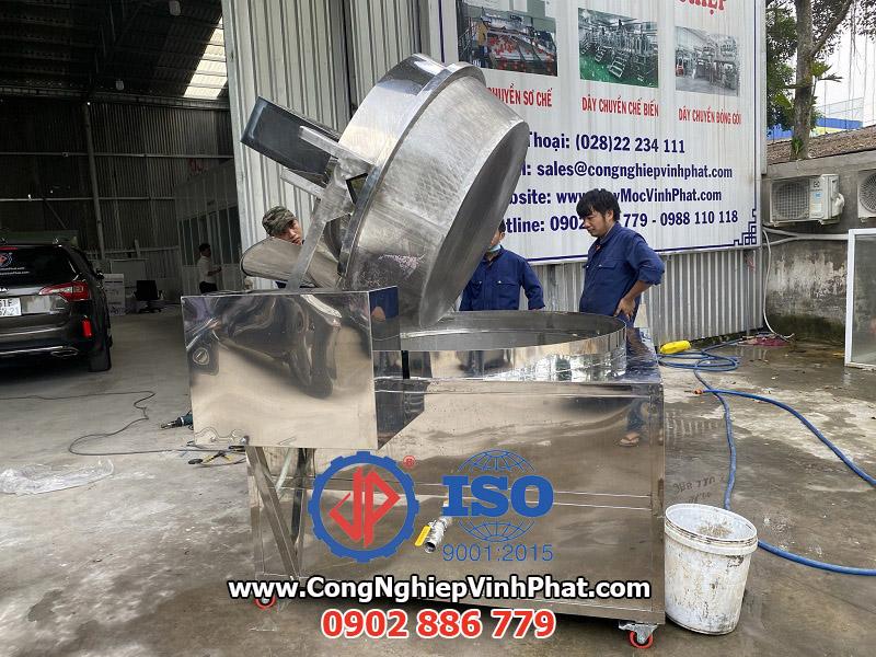 Máy chiên công nghiệp dạng rổ nâng hạ bằng điện Vĩnh Phát chế tạo