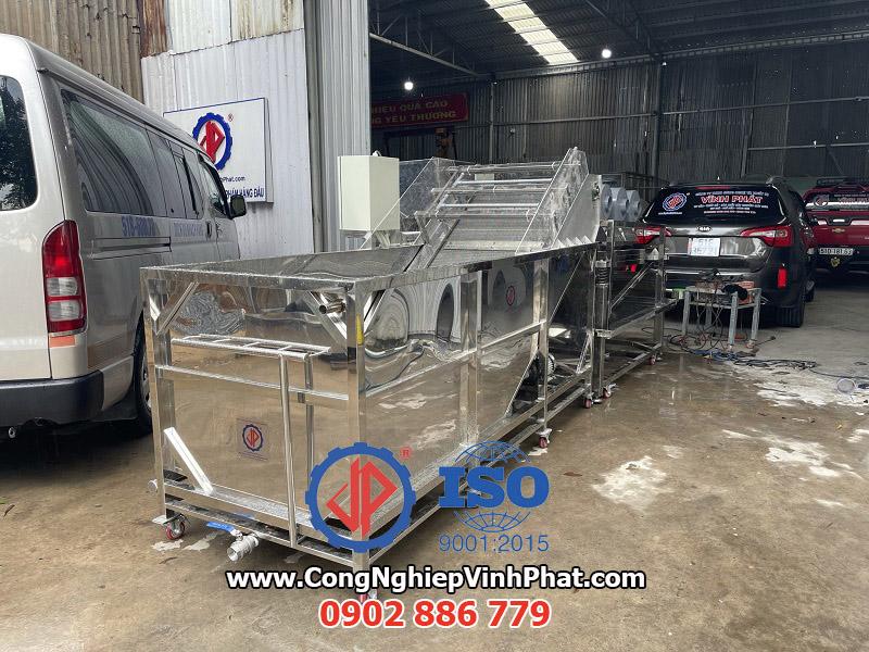 Vĩnh Phát cung cấp giải pháp máy rửa hạt macca, hạt điều chất lượng cao, giá rẻ