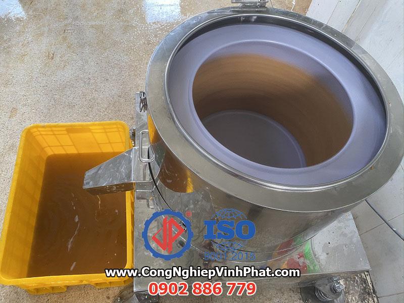 Máy vắt ly tâm inox, máy ly tâm tách dầu Vĩnh Phát vận hành ổn định nhất