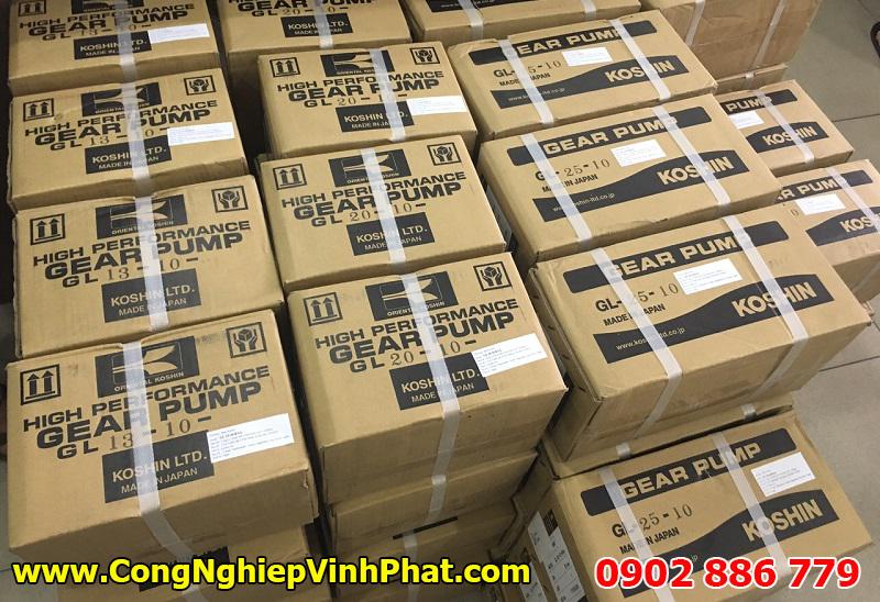 Hình ảnh lô hàng bơm dầu truyền nhiệt, bơm bánh răng koshin nhập khẩu có sẵn