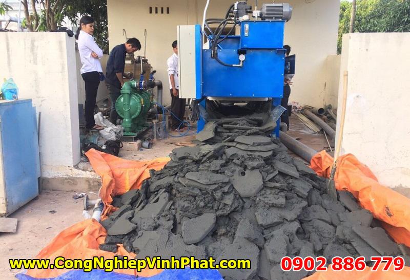 Máy ép bùn khung bản giúp làm khô bùn thải tuyệt vời nhất